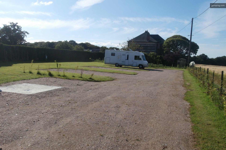 Camping chez l habitant saint wandrille ran on haute for Camping haute normandie avec piscine couverte