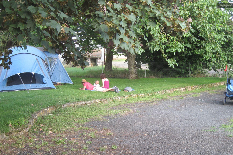 camping chez l habitant oulmes pays de la loire gamping. Black Bedroom Furniture Sets. Home Design Ideas