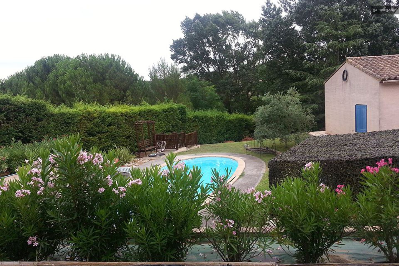 Camping chez l habitant carcassonne languedoc for Camping carcassonne avec piscine