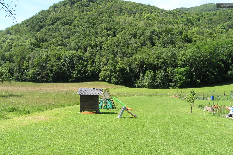 camping chez l habitant arnave midi pyr n es gamping. Black Bedroom Furniture Sets. Home Design Ideas