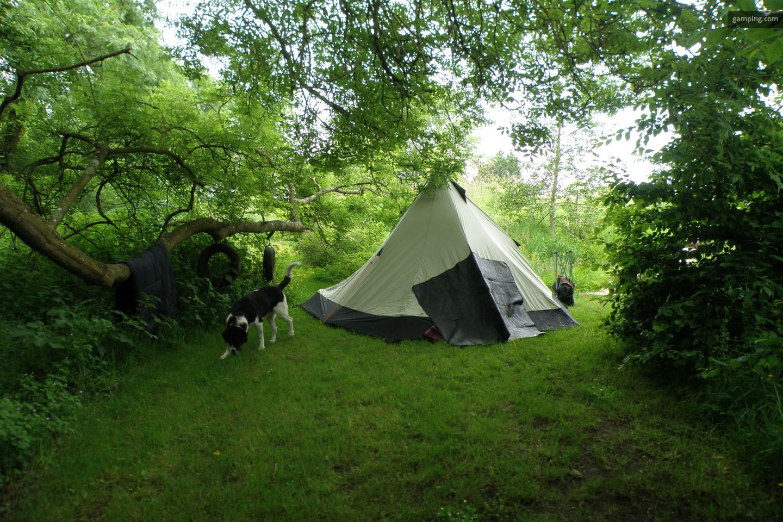 Camping chez l habitant auberville basse normandie for Camping camp municipal au jardin
