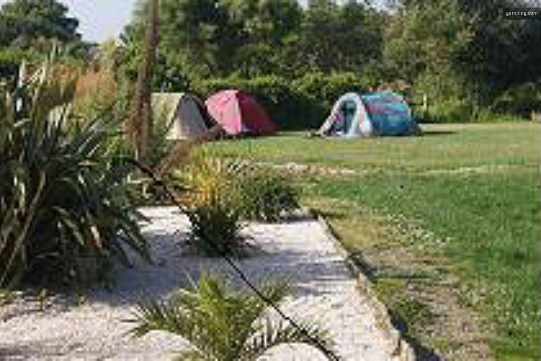 Camping chez l habitant trebeurden bretagne gamping - Camping chez l habitant ...